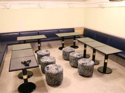 本館地下2階 カラオケ(個室スペース)