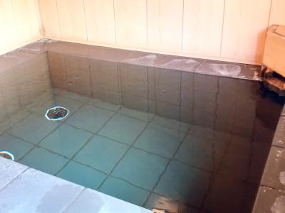 貸切風呂 石風呂