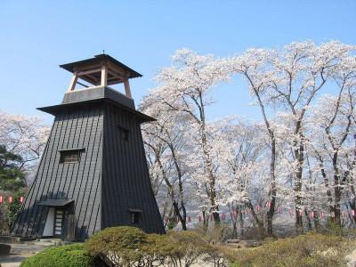 沼田公園 鐘楼