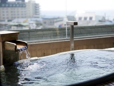 貸切展望風呂・信楽焼風呂一例