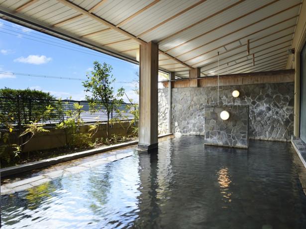 大浴場・瑠璃の湯