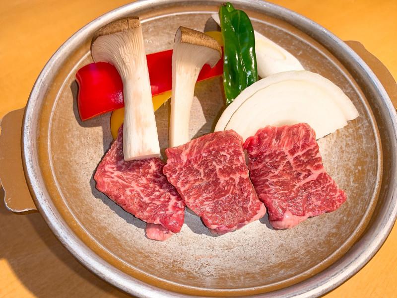 栃木和牛の陶板焼き